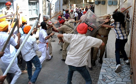 Scene of a Clash in  Patiala between Sikh, Right-wing Hindus, and Police