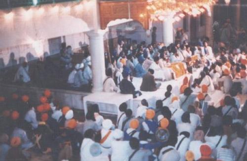 Babbar Khalsa Singhs attending an Akhand Kirtani Jatha Smagam at Gurdwara Manji Sahib